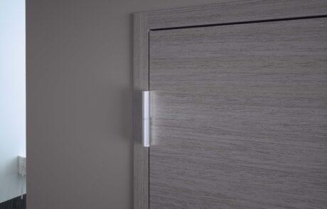 Evo Wood Cerniera con chiudiporta integrato per porte in legno in battuta