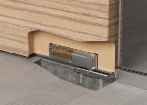 Unica Slim Wood hideaway hinge for wooden doors