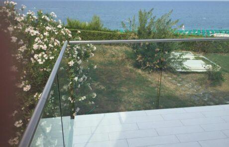 parapetti in vetro per balconi