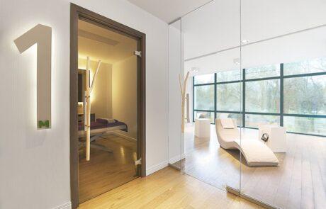 pareti divisorie in vetro Colcom per interni per un centro benessere Polonia