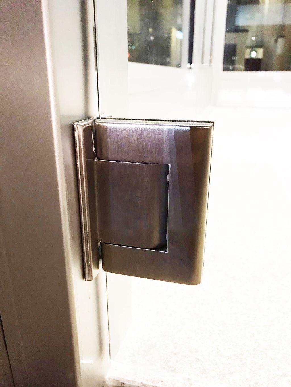porte in vetro per esterni Colcom Brookline Bank