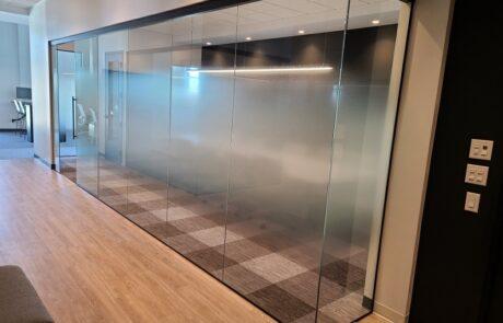 Fluido plus sliding system for glass door